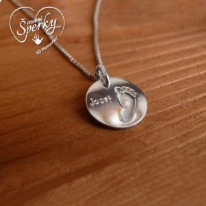 Stříbrný osobní šperk z otisku nožičky a ručičky - kolečko malé