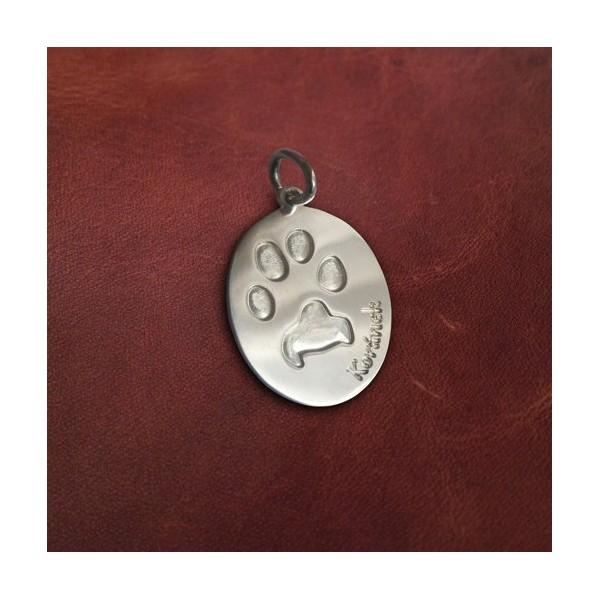 Stříbrný osobní šperk z otisku tlapky zvířecího mazlíčka - oválek