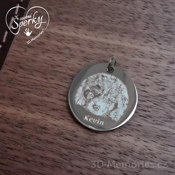 Osobní šperk z chirurgické oceli s vygravírovanou fotografií zvířecího mazlíčka