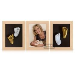 3D zlaté a bílé sádrové odlitky v rámečcích syna Jovanky Vojtkové