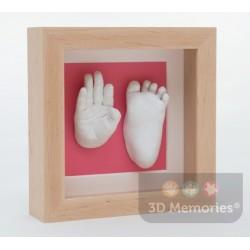 extra hluboký olšový rámeček s 3D odlitkem ručičky a nožičky s růžovou paspartou