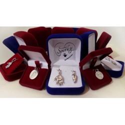 ukázky stříbrných osobních šperků z 3D odlitku a otisku nožiček a ručiček